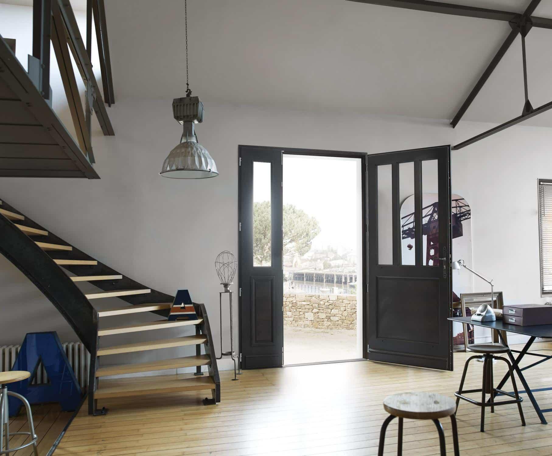 quelques conseils pour bien choisir sa porte d 39 entr e. Black Bedroom Furniture Sets. Home Design Ideas